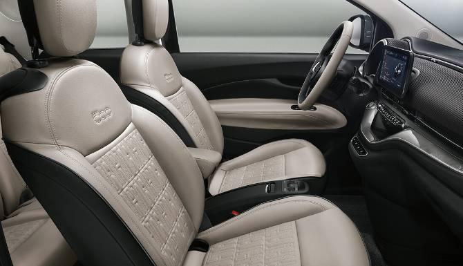 Fiat 500 Electric Interior 1