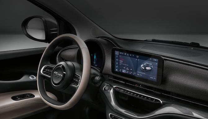 Fiat 500 Electric Interior 5