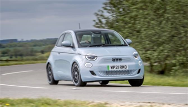 5-star green rating: New Fiat 500 achieves top marks from Green NCAP